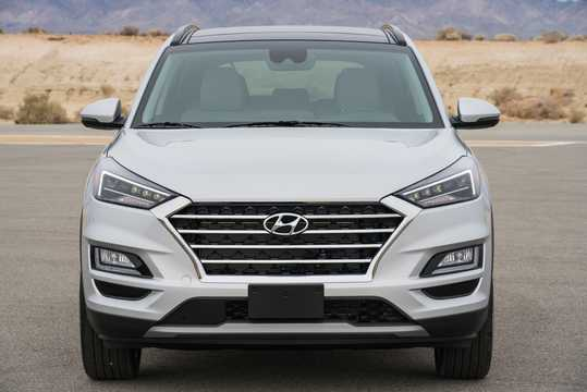 Front  of Hyundai Tucson 2.4 GDI 4WD Automatic, 188hp, 2018