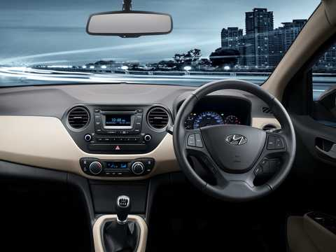 Interior of Hyundai Xcent 2014