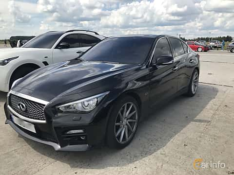 Front/Side of Infiniti Q50 3.7 V6 Automatic, 333ps, 2014 at Ukrainian Drag Series Stage 1 2017