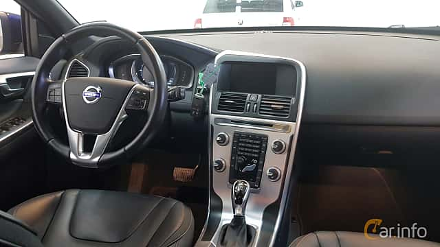 Interior of Volvo XC60 2.0 D3 Geartronic, 150ps, 2016