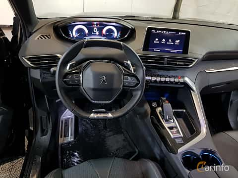 Interior of Peugeot 3008 1.6 THP EAT, 165ps, 2017