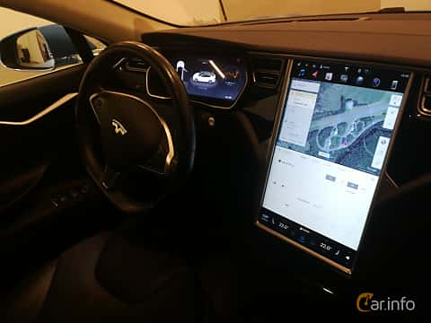 Interior of Tesla Model S 90D 90 kWh AWD Single Speed, 423ps, 2016