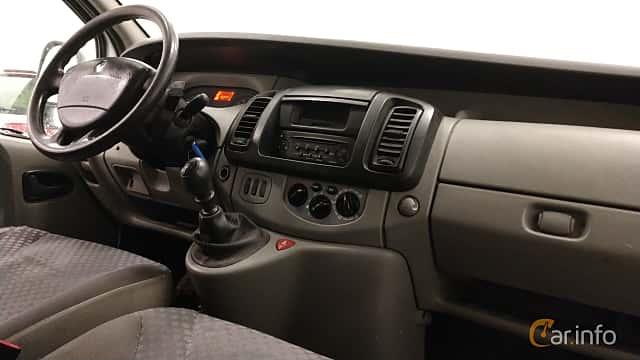 Interior of Renault Trafic Van 2.0 dCi Manual, 114ps, 2010