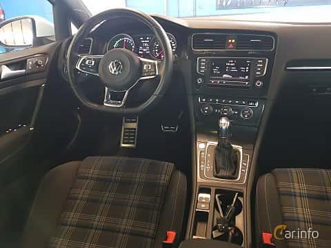 Interiör av Volkswagen Golf GTE 1.4 TSI DSG Sequential, 204ps, 2016