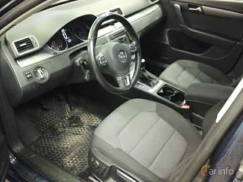 Interiör av Volkswagen Passat Variant 2.0 TDI BlueMotion Manual, 140ps, 2012