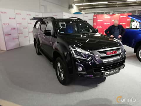 Front/Side  of Isuzu D-Max Crew Cab 1.9 4WD Automatic, 163ps, 2018 at Warsawa Motorshow 2018