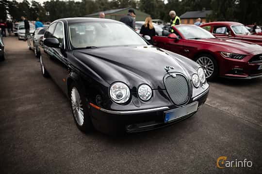 Jaguar S Type 2nd Generation Facelift 42 V8 Automatic 6 Speed
