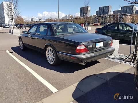Back/Side of Jaguar XJR 4.2 V8 S/C Automatic, 396ps, 2003