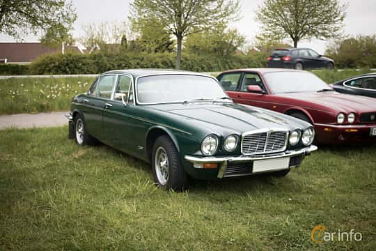jaguar xj lwb 4 2 xk6 automatisk 186hk 1975. Black Bedroom Furniture Sets. Home Design Ideas