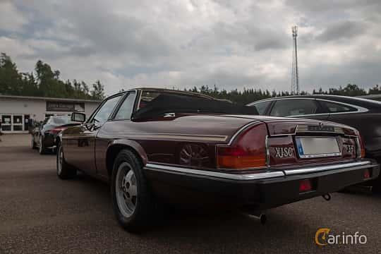 Back/Side of Jaguar XJ-SC 3.6 3.6 Automatic, 221ps, 1987 at Joe's garage 2019´s stora Jaugurevent