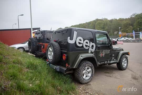 Bak/Sida av Jeep Wrangler 4.0 V6 4WD Automatic, 177ps, 2006 på Lucys motorfest 2019