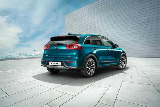 Back/Side of Kia Niro Hybrid 1.6 GDi DCT, 141hp, 2017