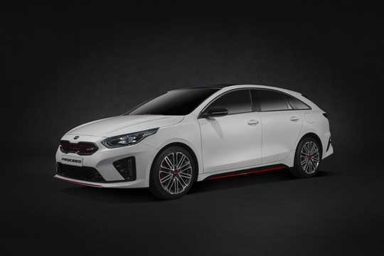 Front/Side  of Kia ProCeed 2019