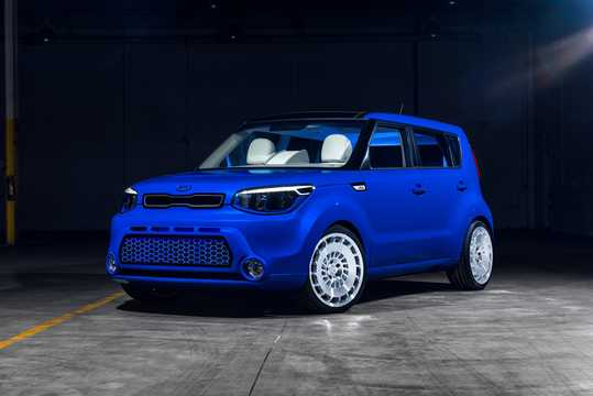 Front/Side  of Kia Soul First Class 1.6 GDI Concept, 132hp, 2016