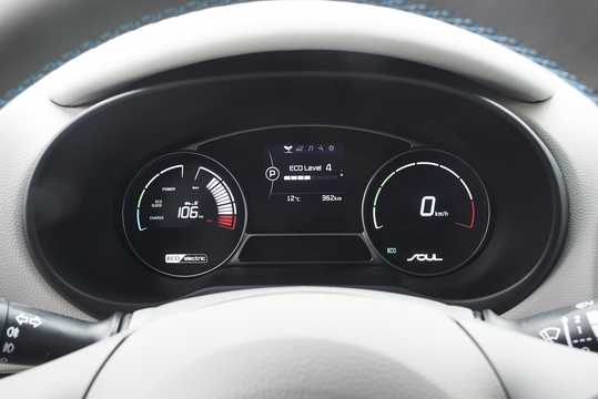 Interior of Kia Soul EV 27 kWh Single Speed, 110hp, 2015