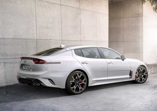 Back/Side of Kia Stinger GT 3.3 V6 T-GDI AWD Automatic, 370hp, 2018