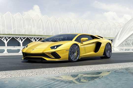 Lamborghini Aventador Lp 740 4 S