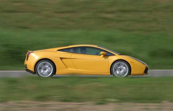 Side  of Lamborghini Gallardo 5.0 V10 AWD E-Gear, 500hp, 2004