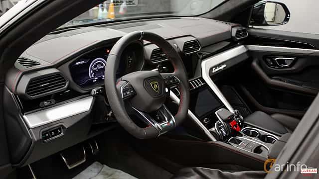 Interior of Lamborghini Urus 4.0 V8 AWD Automatic, 650ps, 2018