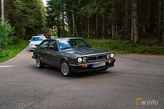 Front/Side  of Lancia Beta HPE 2.0 Manual, 135ps, 1984 at Svenskt sportvagnsmeeting 2019