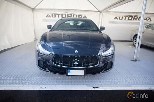 Front  of Maserati Ghibli Diesel  Automatic, 275ps, 2015 at Autoropa Racing day Knutstorp 2015