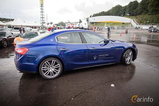 Side  of Maserati Ghibli S Q4  Automatic, 410ps, 2015 at Autoropa Racing day Knutstorp 2015