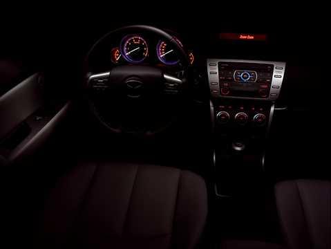 Interiör av Mazda 6 Sport 2008