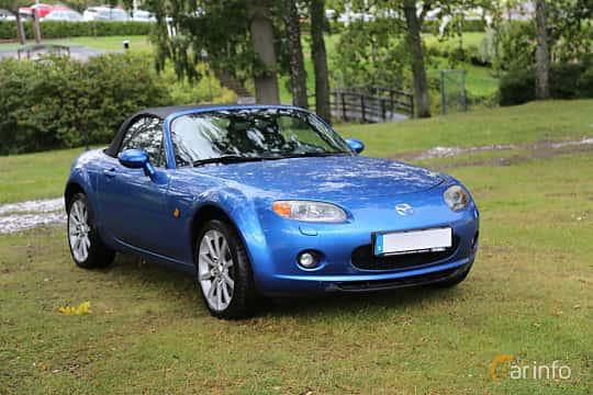 Front/Side  of Mazda MX-5 Soft-top 2.0 Manual, 160ps, 2007 at Bil & MC-träffar i Huskvarna Folkets Park 2019 Amerikanska fordon