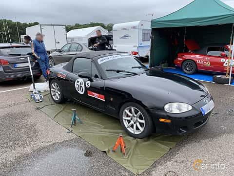 Front/Side  of Mazda MX-5 1.8 Manual, 146ps, 2001 at Svenskt sportvagnsmeeting 2019