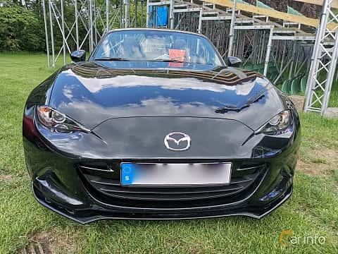 Front  of Mazda MX-5 2.0 SKYACTIV-G Manual, 160ps, 2015 at Sofiero Classic 2019