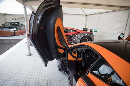 Close-up of McLaren 570S 3.8 V8 DCT, 570ps, 2016 at Autoropa Racing day Knutstorp 2015