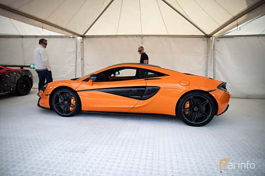 Side  of McLaren 570S 3.8 V8 DCT, 570ps, 2016 at Autoropa Racing day Knutstorp 2015