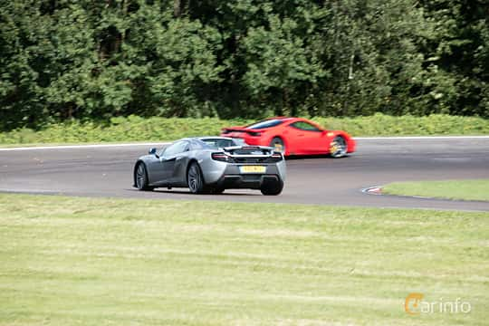 Back/Side of McLaren 650S 3.8 V8 DCT, 650ps, 2015 at Autoropa Racing day Knutstorp 2015