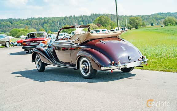 Bak/Sida av Mercedes-Benz 170 S Cabriolet A  Manual, 52ps, 1950 på Tjolöholm Classic Motor 2019