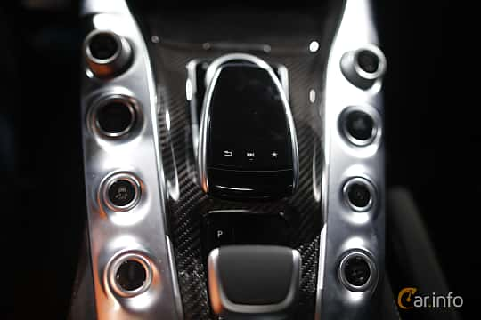 Interiör av Mercedes-Benz AMG GT S 4.0 V8 AMG Speedshift DCT, 510ps, 2017 på North American International Auto Show 2017