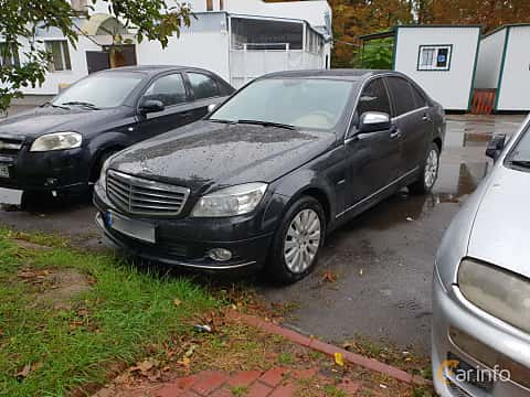 Fram/Sida av Mercedes-Benz C 280 4MATIC 7G-Tronic, 231ps, 2007 på Old Car Land no.2 2018