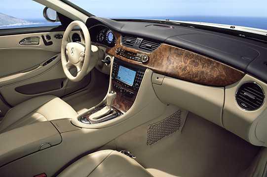 MercedesBenz CLS 500 7GTronic
