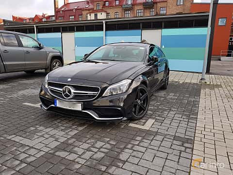 Front/Side  of Mercedes-Benz CLS 63 AMG 4MATIC Shooting Brake 5.5 V8 4MATIC , 557ps, 2015