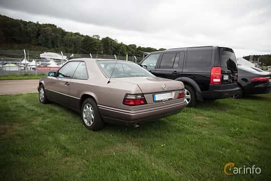 Mercedes Benz E Class W124 Facelift