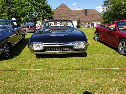 Front  of Ford Thunderbird Convertible 1963 at Eddys bilträff Billesholm 2019 Tema Opel och Chevrolet