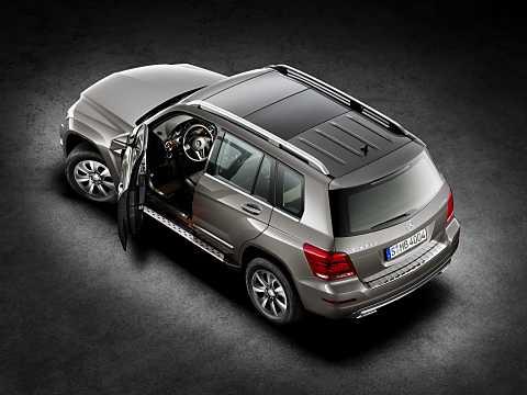 Back/Side of Mercedes-Benz GLK 250 BlueTEC 4MATIC  7G-Tronic Plus, 204hp, 2013