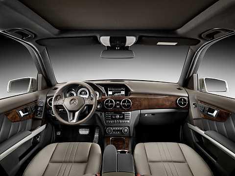 Interior of Mercedes-Benz GLK 250 BlueTEC 4MATIC  7G-Tronic Plus, 204hp, 2013