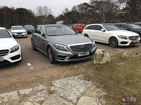 Front/Side  of Mercedes-Benz S 500 4MATIC 4.6 V8 4MATIC 7G-Tronic Plus, 455ps, 2015
