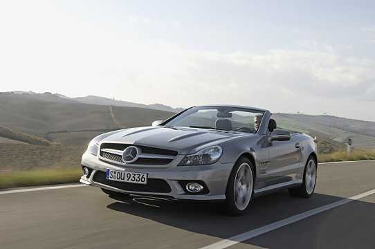 Front/Side  of Mercedes-Benz SL 350  7G-Tronic, 316hp, 2008