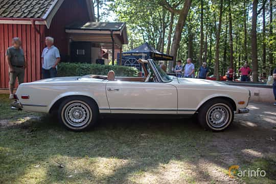 Side  of Mercedes-Benz 280 SL  Manual, 170ps, 1969 at Lergöksträffen Ängelholm 2019