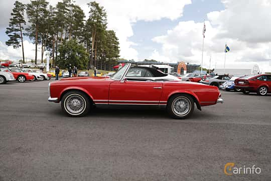 Side  of Mercedes-Benz 230 SL  Manual, 150ps, 1965 at Nostalgia Racing Days / Mantorp Classic Festi 2018