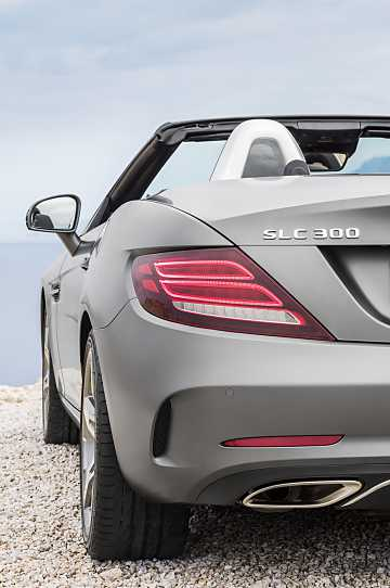 Close-up of Mercedes-Benz SLC 300  9G-Tronic, 245hp, 2017