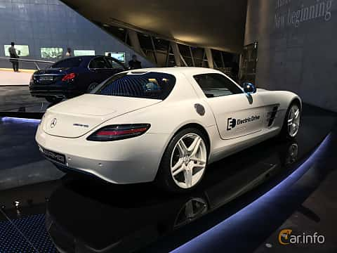 Bak/Sida av Mercedes-Benz SLS AMG Coupé Electric Drive  Single Speed, 751ps, 2012