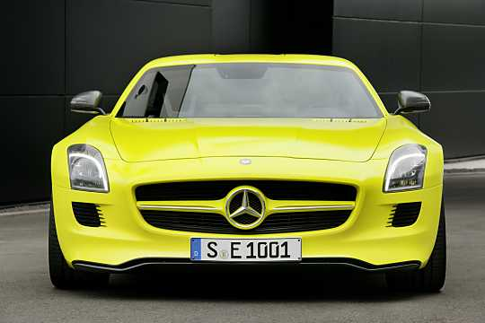 Front  of Mercedes-Benz SLS AMG Coupé Electric Drive  Single Speed, 751hp, 2014