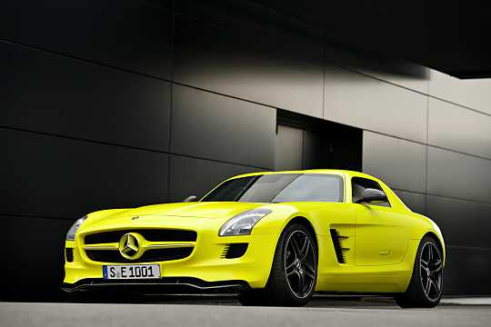 Front/Side  of Mercedes-Benz SLS AMG Coupé Electric Drive  Single Speed, 751hp, 2014